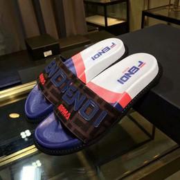 Venta al por mayor de 2019 Diseñador de goma de la diapositiva Sandalia Tiger Slide Beach Diseñador Zapatillas Sandalias para hombre Lujo Moda Casual Diapositivas Flip Flops 35-45