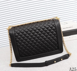 new model ladies handbags 2019 - AAA new metal texture wrinkle weave ribs V chain chain wild hot mom ladies women fashion handbag shoulder Messenger bag