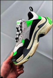 Canvas Pump Shoes Australia - Yae pumps munro pink etball shoes Original Unisex Low Top Sneakers Triple s Casual Outdoor Athletic Trainers Best Quality 36-45Triple s