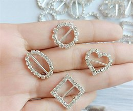 Wholesale heart Round Rhinestone Crystal Buckles Brooches Bar Invitation Ribbon Chair Covers Slider Sashes Bows Buckles R280