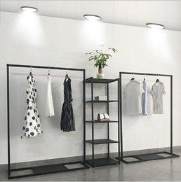 Wholesale Women's Apparel Shop Show Rack Commercial Furniture Landing Racks store Window is Hanging Cloth shelf