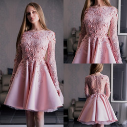 sexy beige club dresses 2019 - Pink Cocktail Dresses Evening Wear Jewel Neck Long Sleeve Quinceanera Dresses Lace Appliqued Knee Length Party Gowns che