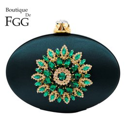 $enCountryForm.capitalKeyWord Australia - Boutique De Fgg Women's Fashion Flower Crystal Clutch Handbag And Purse Ladies Evening Bags Wedding Party Chain Shoulder Bag J190630