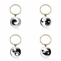 $enCountryForm.capitalKeyWord Australia - Yin Yang Keychain Antique Bronze Glass Cabochon Product Ying yang Keyring Birthday Gift Tai Chi Pendant Key Chain jewelry