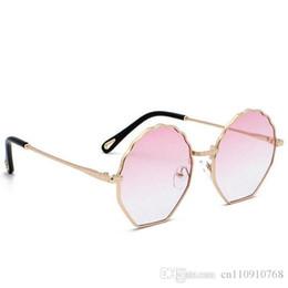 $enCountryForm.capitalKeyWord NZ - AZB02 Luxury Fashionable Woman Sunglasses Night Vision Glasses Fan Shell Shape Nice Pattern on Side Quality BOTERN EYEWEAR FREE Shipping