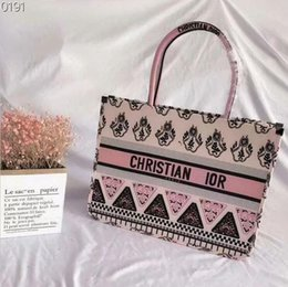 new model ladies handbags 2019 - Hot 2019 new explosion models popular shoulder bag fashion ladies letter plaid handbag shopping bag size: 41cm.31cm. che