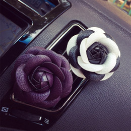 Car Incense NZ - Camellia Essential Oils Diffusers Cortex Liquid Type Air Humidifier Floral Fragrance Car Clip Perfume Decoration Accessories 4 6lxE1