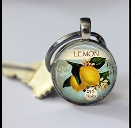 Discount stylish boys glasses 2018 new lemon photo pendant, fruit keychain, cute fruit photo key chain, stylish glass round silver keychain, fashion h