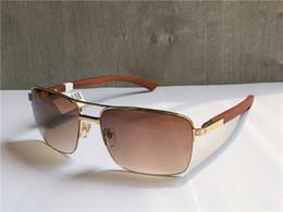 56fda57b4d Nuevo diseñador de moda gafas de sol T8200859 metal marco medio patas de  madera estilo de venta popular popular del verano uv400 gafas de protección  al aire ...