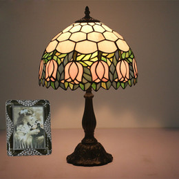 Discount stained glass desk lamps - Nordic Vintage Desk Light Art Deco Rustic Stained Glass Pink Flowers Decoration Bedside Desk Office Table Lamp Light For