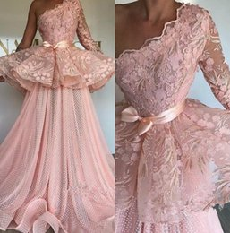 $enCountryForm.capitalKeyWord Australia - Elegant Pink Prom Dresses One Shoulder Dot Lace Formal Evening Gowns Floor Length Appliqued Saudi African Party Gowns Plus Size