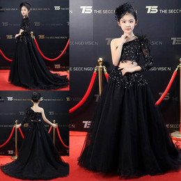 $enCountryForm.capitalKeyWord Australia - Black Two Pieces Girls Pageant Dresses Kids Prom Gowns With Sleeve Sequined One Shoulder Flower Girls Dress Party Dresses