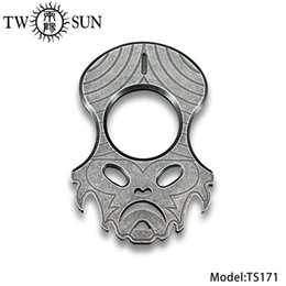 $enCountryForm.capitalKeyWord UK - TWOSUN TC4 Titanium Multi knuckles Window Glass Breaker Emergency Escape tool Outdoor Survival tool Bottle Opener EDC TS171