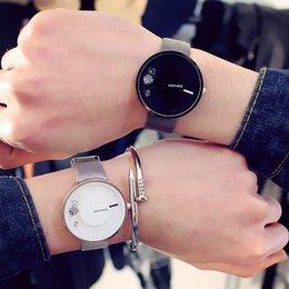 $enCountryForm.capitalKeyWord Australia - Creative Design Couple Watch Men And Women Steel Belt Fashion Casual Men's Watch Women Wrist New reloj hombre montre homme