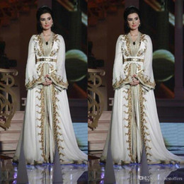 Wholesale muslim evening dress dubai kaftan moroccan for sale - Group buy 2020 Elegant Muslim Evening Dresses Moroccan Caftan Kaftan Dubai Abaya Arabic Long Sleeve Gold Embroidery V neck Occasion Prom Formal Gown