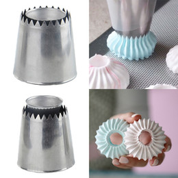 cake decor nozzles Australia - Nozzles Baking Tool Cake Decor Tips Sugarcraft Icing Russian Pastry Piping Sandwich Cookies DIY Decorating Flower 1PC
