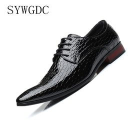 $enCountryForm.capitalKeyWord Australia - SYWGDC New Snakeskin pattern Men Oxford Shoes Lace Up Casual Business Men Pointed Shoes Brand Wedding Dress Plus Size 47