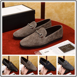 $enCountryForm.capitalKeyWord Australia - 18ss New Hot Italian Famous Brands Top Leather Genuine Leather Shoes Slip-on Casual Loafers Men's Business Shoes Formal Dress Shoes
