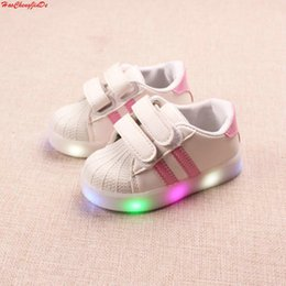 $enCountryForm.capitalKeyWord Australia - New Spring Autumn Children's Luminous Sneakers Kids Led Shoes Chaussure Enfant Girls Boys Shoe With LED Light