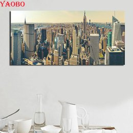 $enCountryForm.capitalKeyWord Australia - wholesale 5d full square round diamond embroidery New York City Grand Building diamond painting Cross Stitch mosaic picture home decor