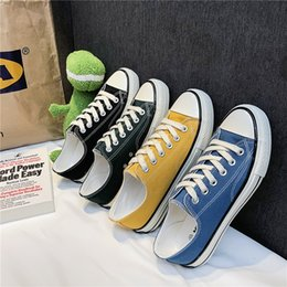 $enCountryForm.capitalKeyWord Australia - Different Colors Men Canvas Sneakers Top Quality Vulcanized Men Shoes Fashion Casual Shoes Boy Anti-Slip Mens Platform