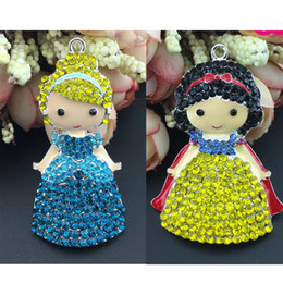$enCountryForm.capitalKeyWord NZ - 50pcs snow White and 50pcs Cinderella princess hot sell enamel Beautiful Rhinestone can Customized Pendants charm