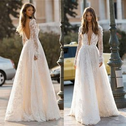 Silver Falls Australia - Vintage 2019 Fall Long Sleeve Wedding Dresses Illusion Sheer Plunging Neck Backless Long Summer Beach Garden Bridal Gowns
