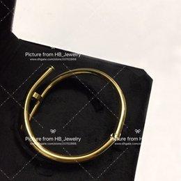 Hanno francobolli fashion brand designer Braccialetti per unghie per signora Design uomo Donna Festa nuziale Amanti regalo Gioielli di lusso per la sposa
