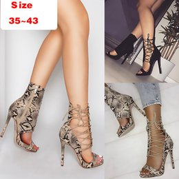 $enCountryForm.capitalKeyWord Australia - Sexy2019 Word One Cool Boots Snake Women's Shoes Crossing Foot Ring Bandage High Fine With Sandals
