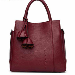 China New luxury fashion designer handbags global Limited Edition copy Cluny designer luxury handbags purses leather High-capacity:M42735 supplier high copy phones suppliers