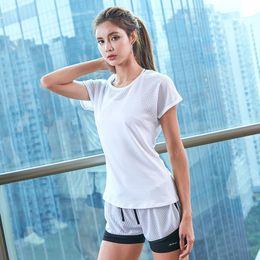 $enCountryForm.capitalKeyWord NZ - Yoga Set Suits Short Sleeve Sport Shirt for Women Fitness Pants Leggings Tracksuit Gym Leggings Ladies Sport Wear