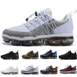 best quality sports shoes Canada - 2019 Run Utility Men Shoes Best Quality Black Anthracite White Reflect Silver Discount Shoes Sport Sneakers Size 40-45