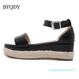 height increasing sandals NZ - BYQDY Woman Ankle Strap Block Heel Sandals Lady Strap Platform Height Increasing Gladiator Shoes Lady Summer Leather Sandals c14
