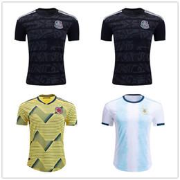 407eb8ad5bc63 10 pcs DHL frete grátis México Argentina Colômbia 2019 CAMISOLA de OURO  Camisas De Futebol Casa preto Top Thai uniforme de Futebol camisa Kit