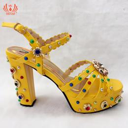 Diamantes Sandalias Online De Amarillas Las fyYvb76g