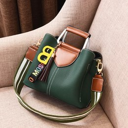 $enCountryForm.capitalKeyWord NZ - Free2019 Package Woman Bag Wide Tide Straps Single Shoulder Messenger Handbag Will Capacity Tassels Hang