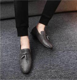 $enCountryForm.capitalKeyWord Australia - Luxury tassel formal men loafers italian brand men dress wedding leather shoes Driving business Slip On Casual Shoes W1