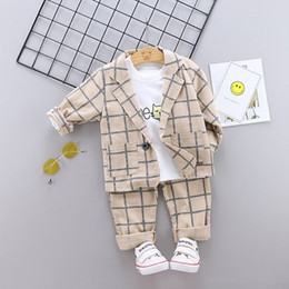 suit baby sets autumn 3pcs NZ - 2019 Autumn Baby Boys Clothes Blazer Suit Kids Long Sleeve Tshirt + Plaid Coat + Pants 3pcs Boy Set Children Outfits 5271