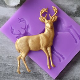 fondant deer Canada - Hot Christmas Deer Cake Silicone Soap Molds Fondant Mold Cake Decorating Tools Animal sweet candy Clay gumpaste baking mould