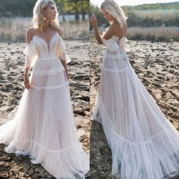 $enCountryForm.capitalKeyWord UK - Chic A Line Lace Bohemian Wedding Dresses Off The Shoulder Sheer Plunging Neck Bridal Gowns Tulle Sweep Train Appliqued robe de mariée