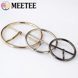 $enCountryForm.capitalKeyWord Australia - 5pcs Meetee Round Metal Belt Buckles Adjustable Pin Buckles DIY Women Coat Sewing Buttons for Bags Clothing Decor Accessories AP331