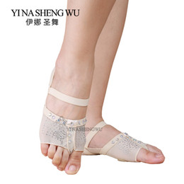 Discount practice pads - 1 Pair Belly Dancing Foot thong Dance Socks Shoe Toe Pads Belly Dance Practice socks Ballet Shoes Accessories Profession