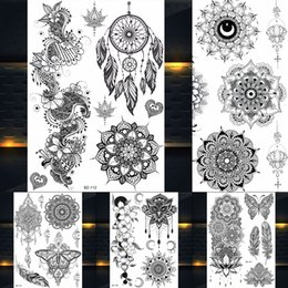 $enCountryForm.capitalKeyWord NZ - 1PC Hot Dreamcatcher Large Indian Sun Flower Henna Temporary Tattoo Black Mehndi Feather Style Waterproof Tattoo Sticker PBJ013A