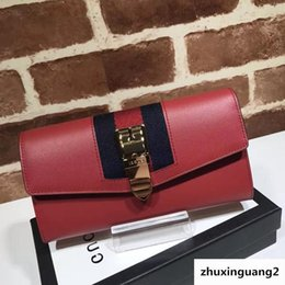 $enCountryForm.capitalKeyWord Australia - Top Quality 2019 Celebrity Design Letter Chain Metal Buckle Long Purse Two Fold Wallet Cowhide Leather 476084 Clutch
