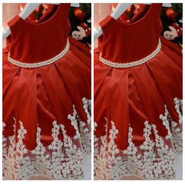 $enCountryForm.capitalKeyWord Australia - 2019 O-Neck Ball Gowns Flower Girls Dresses Lace Appliques Floor Length Custom Kids Formal Party Wear Cheap Pleated Ruched