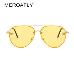 vintage shades for men Australia - Wholesale-MEROAFLY Bee Pilot Sunglasses Vintage Glasses Shades for Women Men Metal Frame Fashion Designer Sunglasses Women Accessories