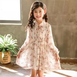 df182b7df3e Kinder floral bedrucktes Chiffon-Kleid Mädchen Spitze Stickerei Prinzessin  Kleid Kinder Rüsche Lace-up Bows Tie falbala Ärmel Plissee Kleid F4566