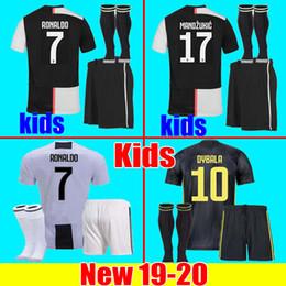 Juventus camiseta de fútbol kit niños juegos RONALDO soccer jersey football shirt 18 19 20 DYBALA PJANIC MANDZUKIC CHIELLINI muchachos 2019 2020 chandal de fútbol uniformes JUVE la
