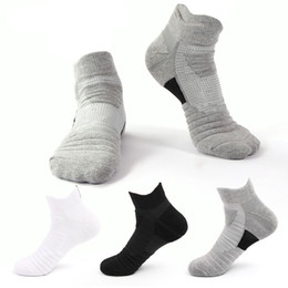 China 3 Colors Sports Socks Polyester Anti-slip Short stocking Men Women Socks Outdoor Stockings For Adults Sneaker Climber Runner Free DHL M159Y suppliers