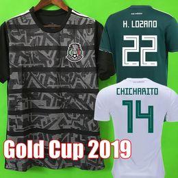 Copa Oro 2019 Camisetas México 19 20 HOMBRE MUJER camiseta de fútbol 2018  CHICHARITO LOZANO MARQUEZ DOS SANTOS camiseta de fútbol de niñas camisa de  futbol cccb5abcf567a